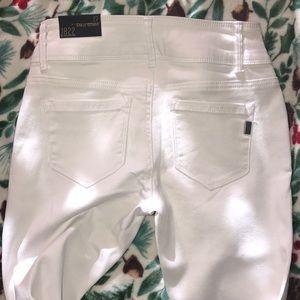 1822 Denim Jeans - 1822 Highwaist Butter Denim skinnies
